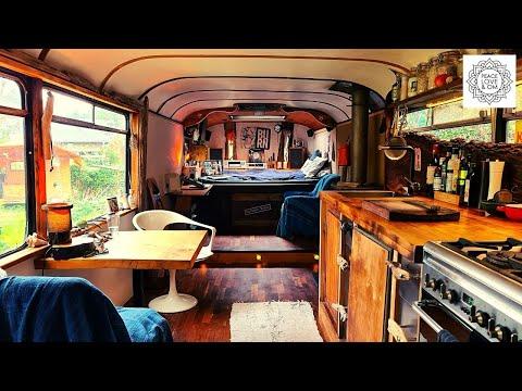 MAN Oldtimer Reisebus wird zum Tiny House - Seit 25 Jahren ein mobiles Leben
