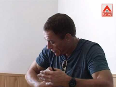 Jean-Claude Van Damme, la Penitenciarul Jilava from YouTube · Duration:  2 minutes 58 seconds