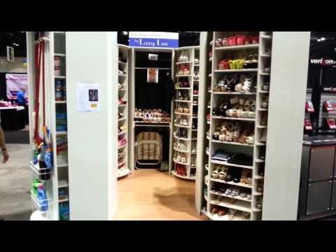 Closet rotatorio hdecor doovi for Zapateros modernos giratorios