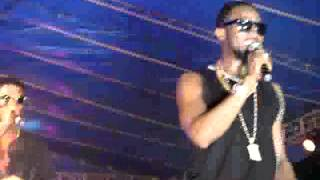 live performance of dbanj on stage