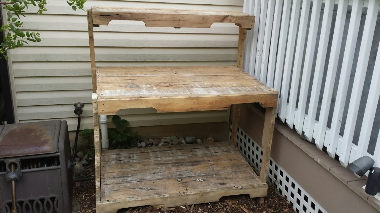 My Wife S New Potting Bench Made From Pallet Wood