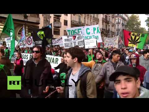 Argentina: Wheelchair bound children lead cannabis march in Buenos Aires
