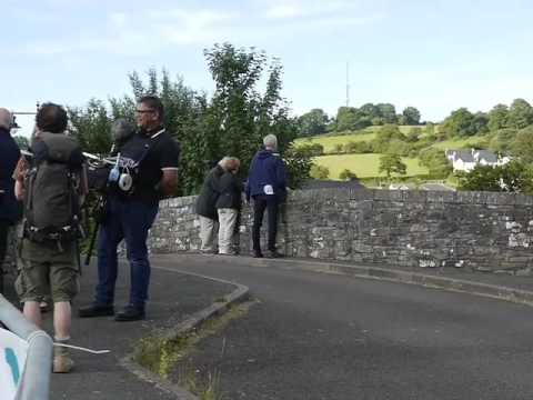 prunella-scales-and-timothy-west-on-the-set-for-great-canal-journeys-in-brecon