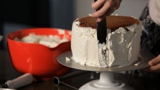 How To Fill & Frost A Cake | Wedding Cakes