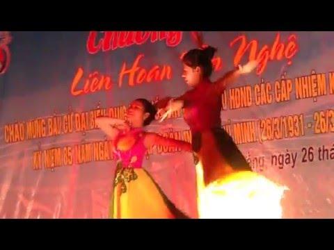 Múa Huong sen dang Bac   Kim Thoa +Thu Huong