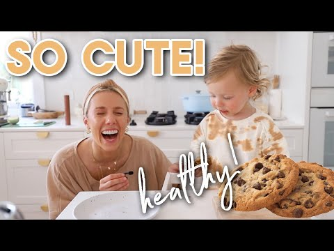 Cooking with my Toddler!! HEALTHY & SIMPLE Choc Chip Cookies (no gluten or dairy) - Sarahs Day