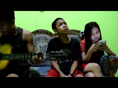 Cinta segitiga cover by tengku raiL