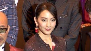 映画「レオン」の完成披露試写会が開催され、主演の知英、竹中直人らが...
