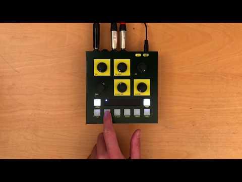 Demo :: OTO BAM Reverb on SH101 (Aphex Riff)
