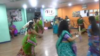 Pari Hoon Main Dandiya Choreography by Zivi