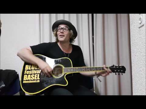 Backstage Fun With Philip Sayce @ Blues Festival Basel 2017