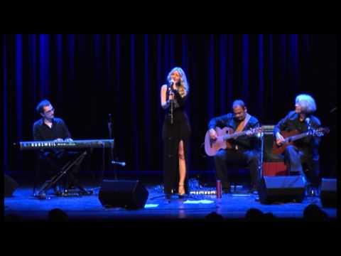 "Koncert ""Music for the Balkans"" Teil 1 - Christiana Uikiza 2"