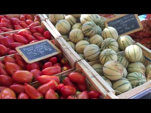 a Sunday morning market in Lyon, France