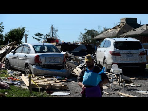 Residents emotional as they return home after tornado on Quebec-Ontario border