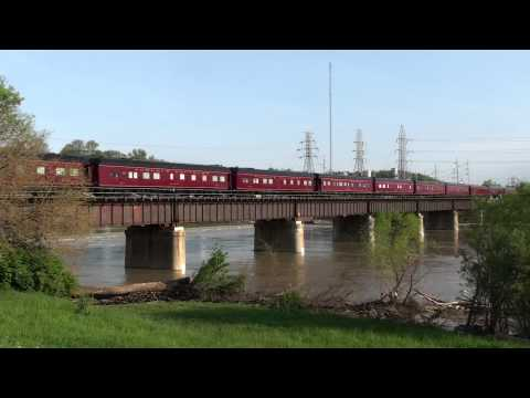 Norfolk Southern Kentucky Derby Special at Moraine, Ohio