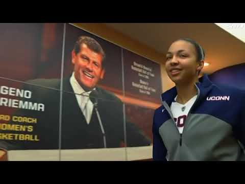 The Geno Auriemma Show: Game Night at Gampel