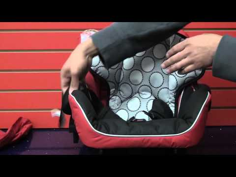 Britax B-Safe: Cleaning Car Seat (part 2)