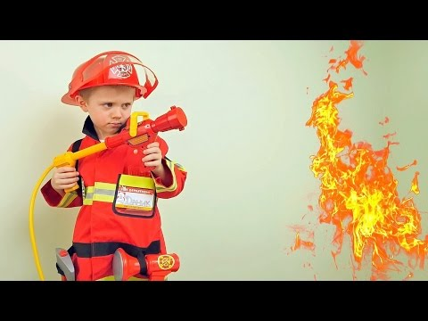 Пожарный Даник и костюм пожарного для детей - Детское видео на канале Курносики Junior