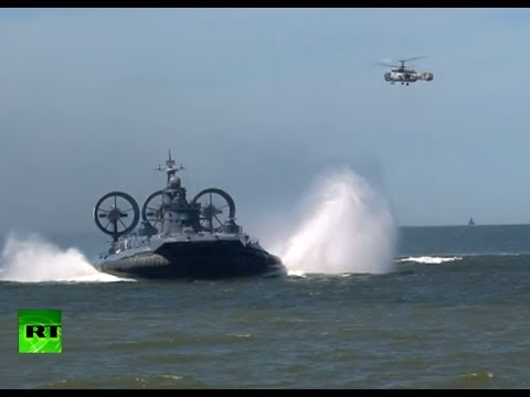 Russian paratrooper drills video: Baltic fleet stages war games