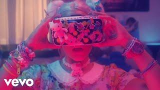 Смотреть клип Luna Ki - Buenos Días