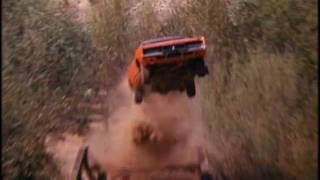The Dukes of Hazzard: General Lee jump from episode 56