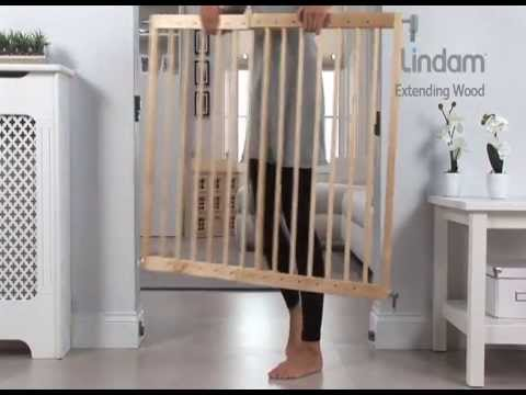 Lindam Wooden Extending Stair Gate   How To Use And How To Insall Video |  Babysecurity