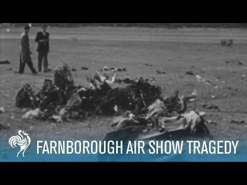 The Farnborough Air Show Tragedy on Film (1952) | British Pathé