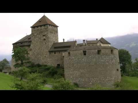 アキーラさん訪問②リヒテンシュタイン・ファドゥーツ・リヒテンシュタイン城・Vaduz,Liechtenstein-castle
