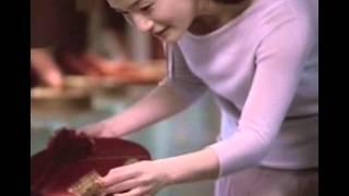 梁茜雯: 2005年白木屋廣告,吳念真導演執導。