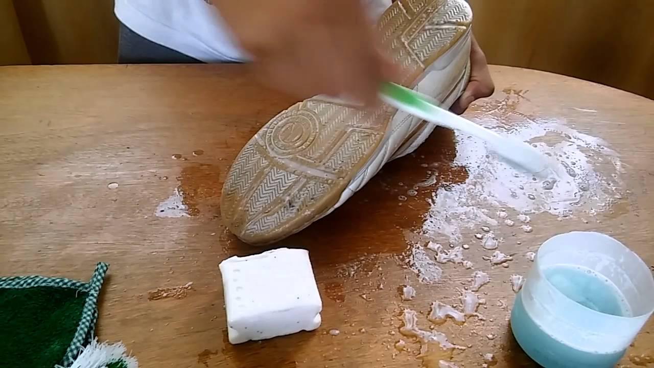 como limpiar zapatillas nike blancas