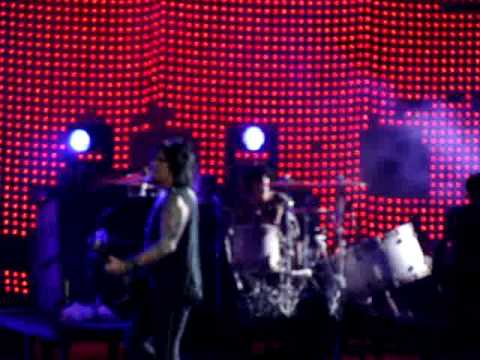 Wild Side - Motley Crue - Live in Chicago on July 22, 2009