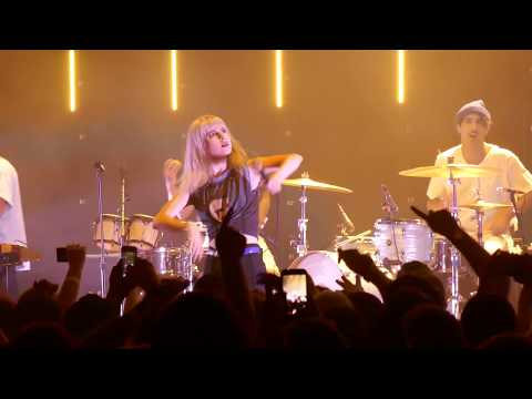 Paramore - Belfast 2017 - Still into you