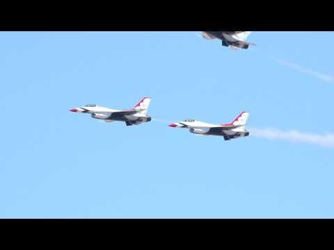 USAF Thunderbirds Arrive For Huntington Beach Airshow