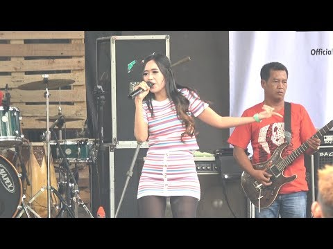 Aulia Mustika - Selow - OM Lagista LIVE Serulingmas Banjarnegara 10 Maret 2019