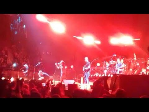 Pearl Jam - Oceans (Barcelona, Palau Sant Jordi, 7/10/2018) [For Israel Barrales]