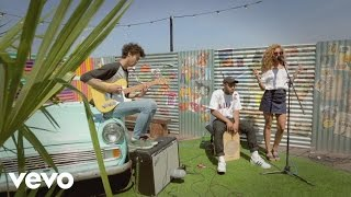 Izzy Bizu - Diamond (Rooftop Sessions)