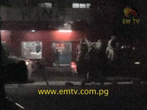 PNGDF Soldiers Confrontation with Police Officers Turns Violent