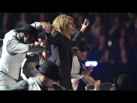Show highlights l The BRIT Awards 2015