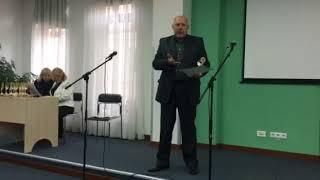 Сергій Саєнко читає вірш Старий собака