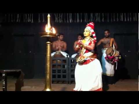 Kerala, Güney Hindistan - Dans Gösterisi