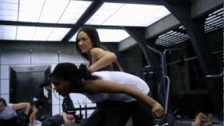 "Nikita Fight Scene / Escape from Amanda (from S01E11 ""All the Way"") HD"