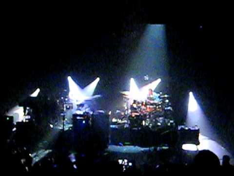 moe. - Brent Black (encore) part 2 - 2010-07-13 Si...