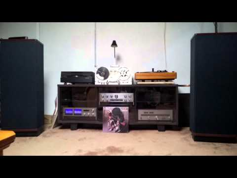 Vintage Accuphase meet Vandersteen 2ce Signature II speakers