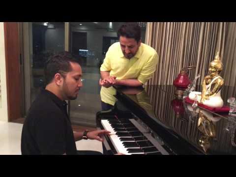 MIka Singh playing the Piano serenading the Lagendary Gurdas Maan ji at his home in Mumbai