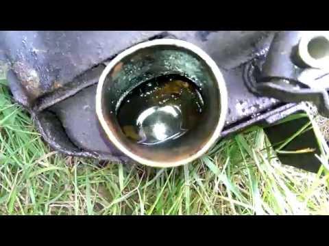 УАЗ-буханка: отмываем радиатор от грязи - YouTube