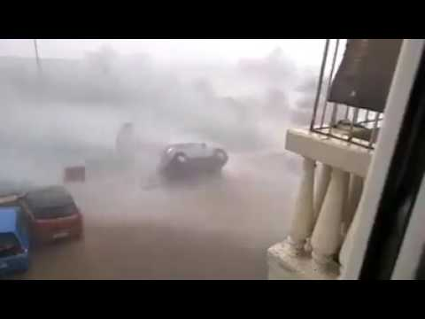 Car reversed by extreme winds in Mozambique