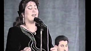Download Video فريدة الهجع حفلة الكويت نسخة اصلية MP3 3GP MP4