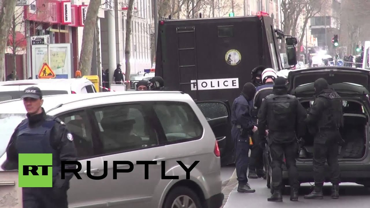 France: See armed cops respond to female police officer shooting