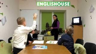 Школьники уровня Starter (первый год обучения) в EnglisHouse, Днепропетровск