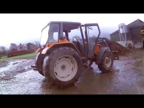 Feeding Cattle - Winter :  Dry Mix & Silage